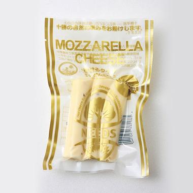 モッツァレラチーズ(ホワイトペッパー入り)